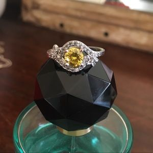 Jewelry - Crystal Ring